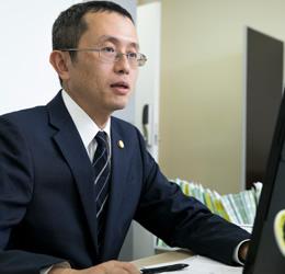 出口忠明弁護士の写真